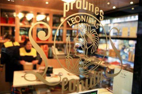 Leonidas - logo op etalageruit