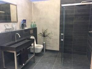 mega-tegels-badkamers-douche