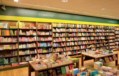 the-read-shop-boekenwand