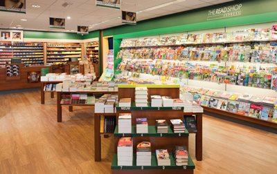 winkelinterieur-the-read-shop-express-tijdschiftenwand