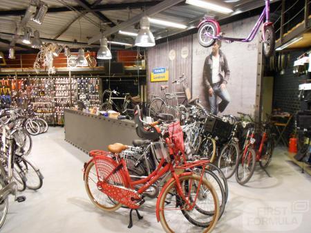 Alle fietsen 100% rijklaar in de winkel