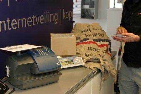 Logistieke verzend- / pakket- en grafische diensten voor het MKB.