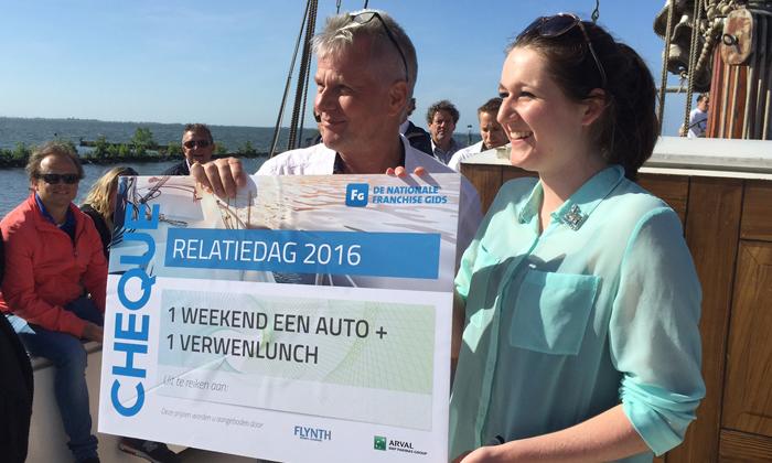 Relatiedag franchisegids winnaar cheque Ruud van Eijl
