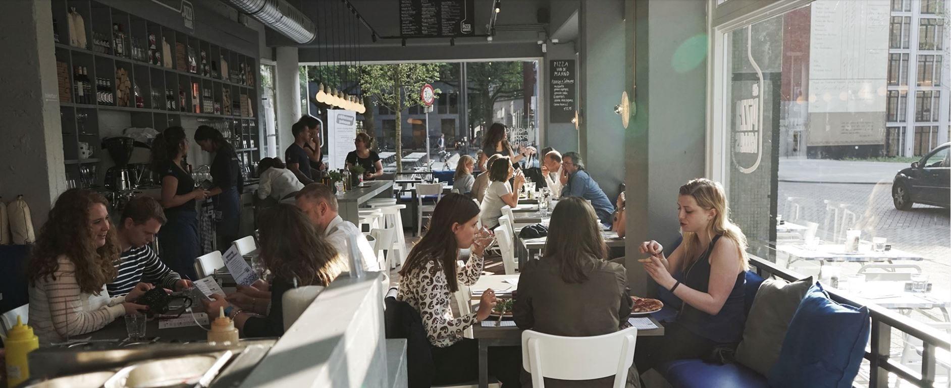 De Pizzabakkers - een rustige middag